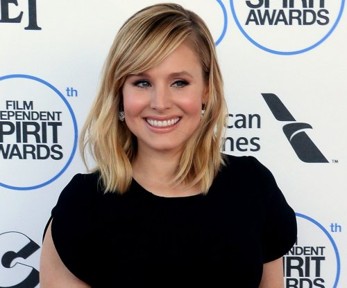 Kristen Bell documents awkward Uber carpool on Twitter