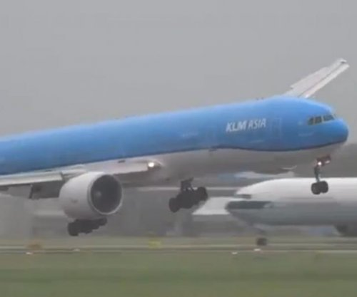 Plane nearly overturns in strong wind during Netherlands landing