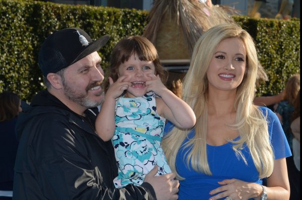 holly madison  husband pasquale rotella welcome son
