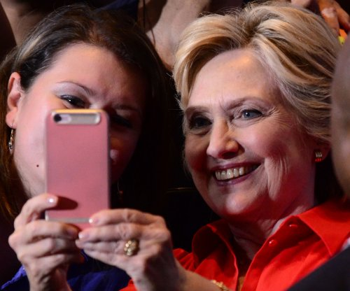 Hillary Clinton makes fundraising swing through Silicon Valley