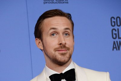 Ryan Gosling calls Eva Mendes 'my lady' and 'sweetheart' in his Golden Globe speech