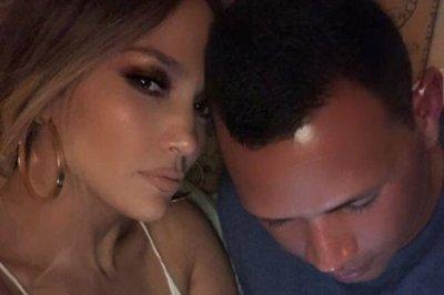 Jennifer Lopez posts 'sleepy' selfie with Alex Rodriguez