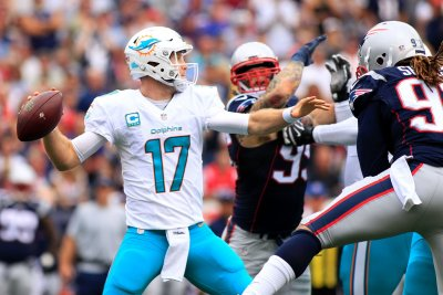 Dolphins' Ryan Tannehill to sit out Thursday's game vs. Texans