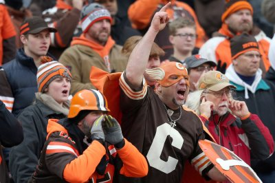 Cleveland Browns face playoff atmosphere in final game