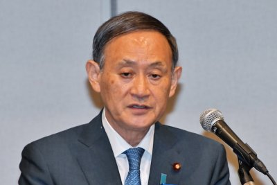 Japan's Yoshihide Suga pledges support for Shinzo Abe's policies