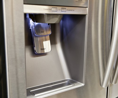 Buying groceries with online refrigerators in our future?
