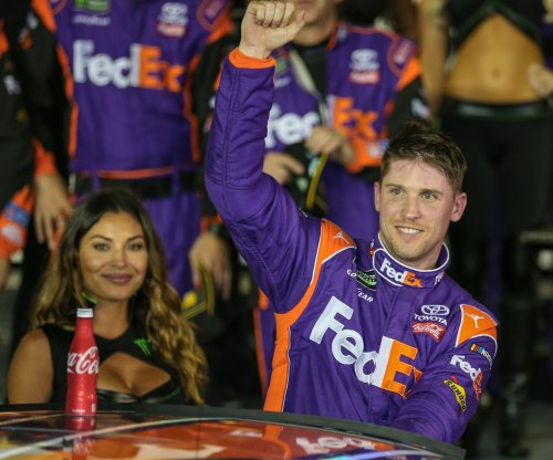 2017 Irish Hills 250: Denny Hamlin outduels rookie William Byron at Michigan International Speedway