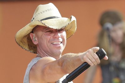 Kenny Chesney reschedules 'Chillaxification' tour to 2021