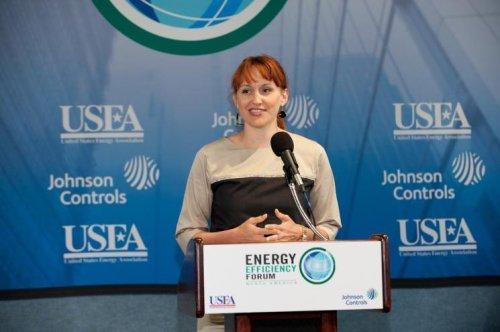 Obama praises departing climate adviser Heather Zichal