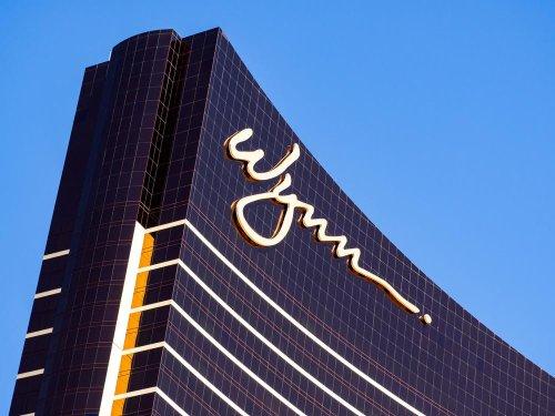 Steve Wynn bets big with investors on massive stock buy of casino company