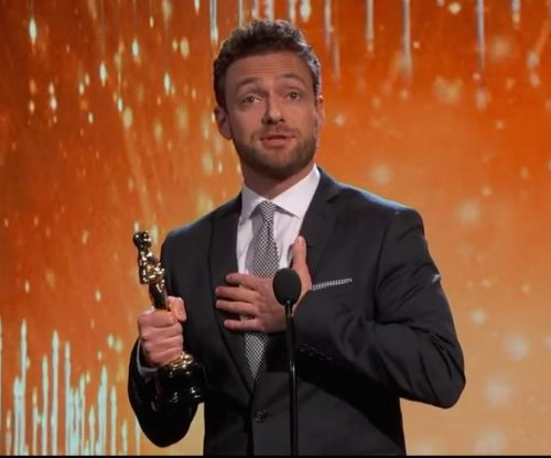 'Walking Dead's' Ross Marquand spoofs McConaughey, Timberlake on 'Kimmel'