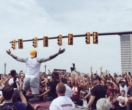 "LeBron James returning to Cleveland, going ""nowhere"""