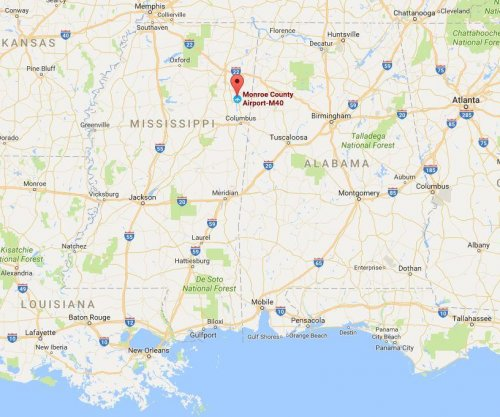 Plane crash in Mississippi kills two