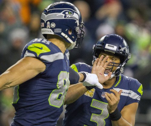 Seattle Seahawks stay alive with win over eliminated Dallas Cowboys