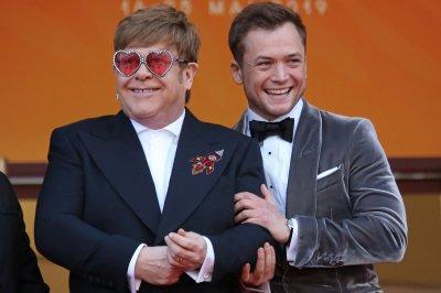 'Rocketman' star Taron Egerton says he loves Elton John on 'Kimmel'