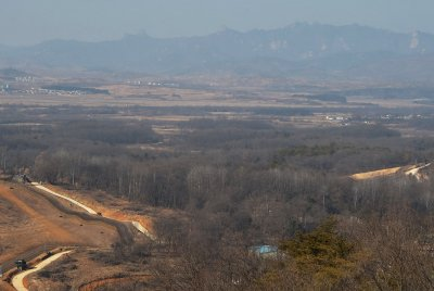 South Korea's carbon emissions rising faster than North's, researchers say