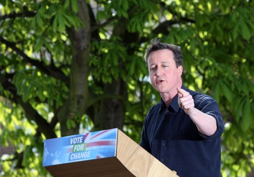 Cameron wins debate -- poll