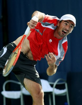 Brands, Dodig win in BMW Open upsets