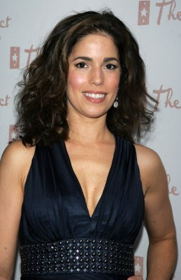 Ana Ortiz gives birth to son
