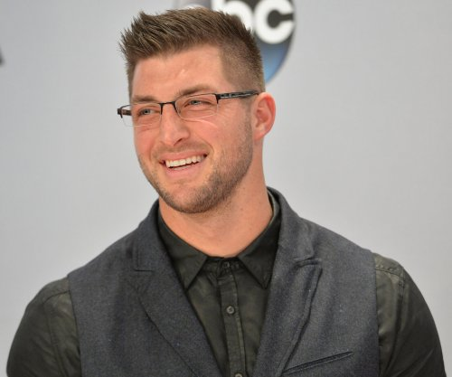 Tim Tebow's jersey among best-selling in the league