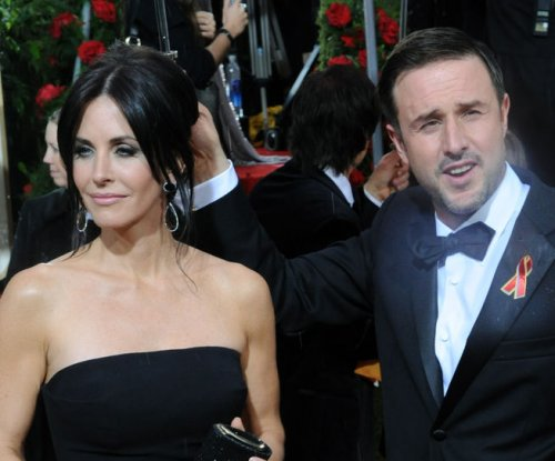 Courteney Cox, David Arquette pay tribute to Alexis Arquette on social media