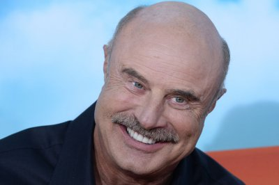 Dr. Phil McGraw has 'minor traffic collision' with skateboarder