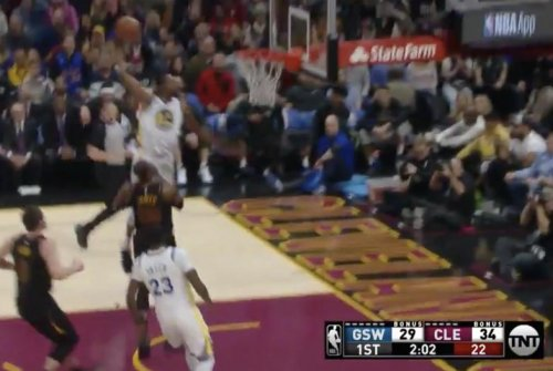 LeBron clears way for Durant slam, gets chase down
