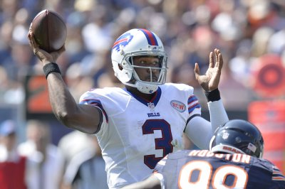 Former Bills, Raiders QB EJ Manuel retires from NFL