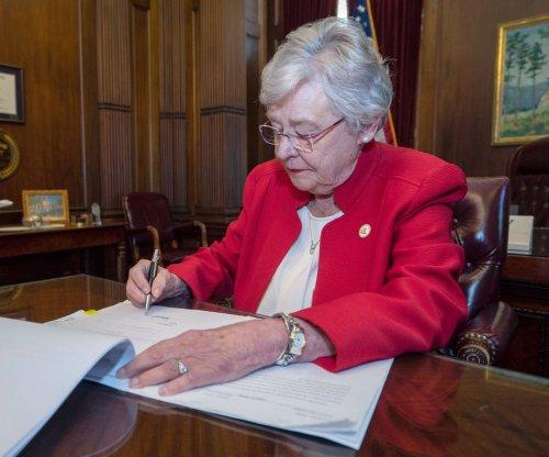 Alabama Gov. Kay Ivey issues order against vaccine mandates
