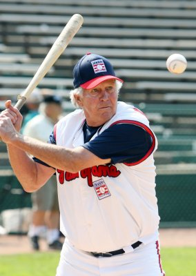 Brooks Robinson on the mend
