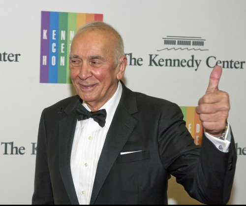 Frank Langella to star in Broadway premiere of 'The Father'