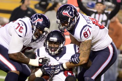 Houston Texans TE C.J. Fiedorowicz considering retirement due to concussions