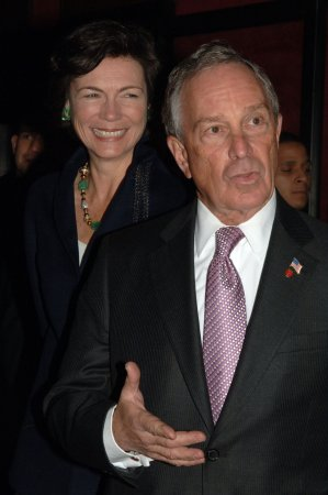 New York politics sour over traffic poll