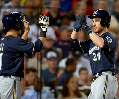 Lucroy, Milwaukee Brewers rally past Philadelphia Phillies