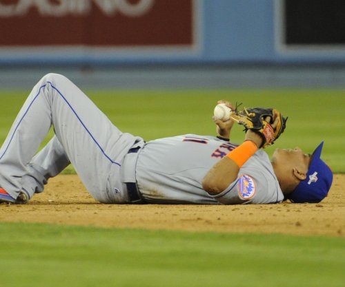 Arizona Cardinals sign SS Ruben Tejada to one-year deal