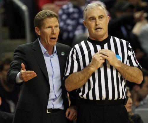 Gonzaga Bulldogs hold off South Carolina Gamecocks to reach National Championship game