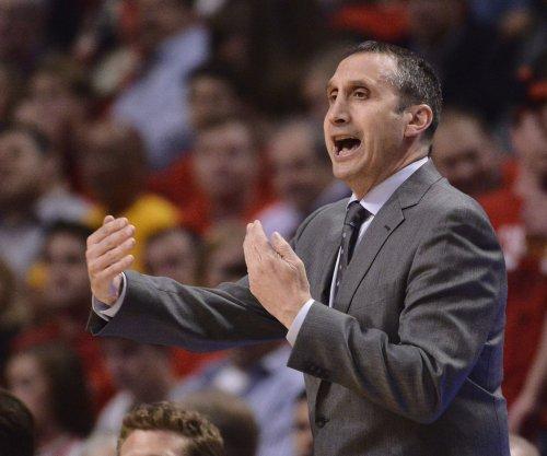 Former Cavs coach David Blatt meets with Knicks about job