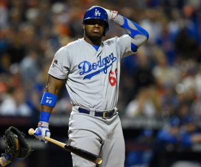 Los Angeles Dodgers RF Yasiel Puig remains in a slump