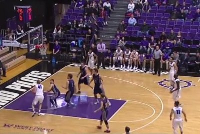 Calvin Hermanson helps No. 21 Saint Mary's Gaels soar past Portland Pilots