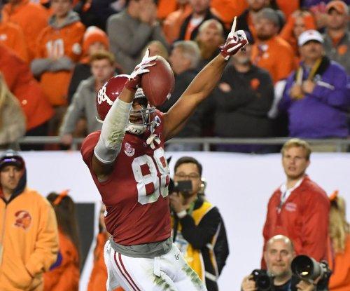 Cleveland Browns rookie Myles Garrett, O.J. Howard top rookie rankings for 'Madden NFL 18'