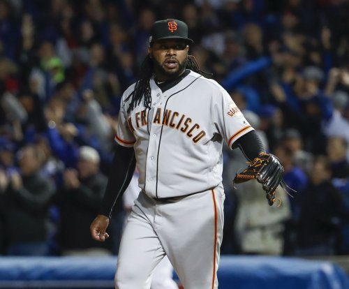 Giants, Cueto hope to keep Dodgers down