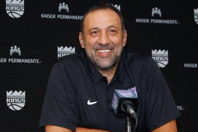 Sacramento Kings fire coach Dave Joerger