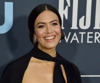 Mandy Moore returns to 'This is Us' set after son's birth
