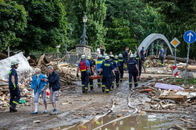 More than 40 dead, dozens missing after floods in western Germany