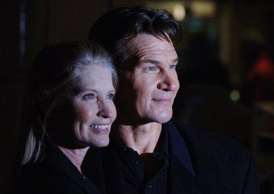 Swayze's widow to speak at grief event