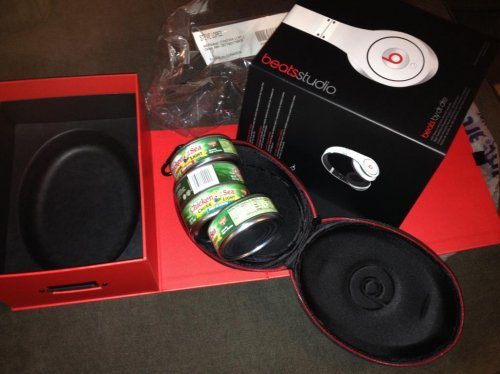 Beats Headphones: Family gets cans of tuna instead on Christmas morning
