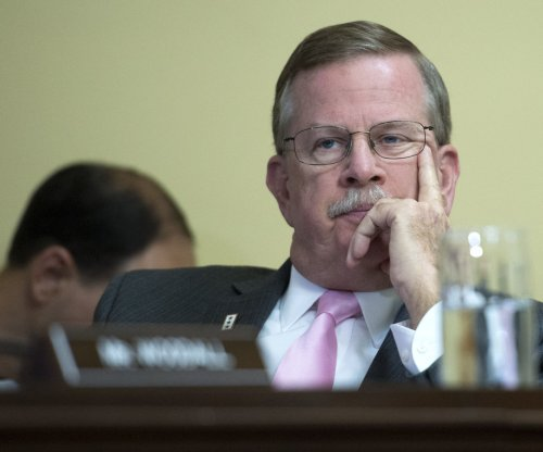 Two Boehner opponents removed from House Rules Committee