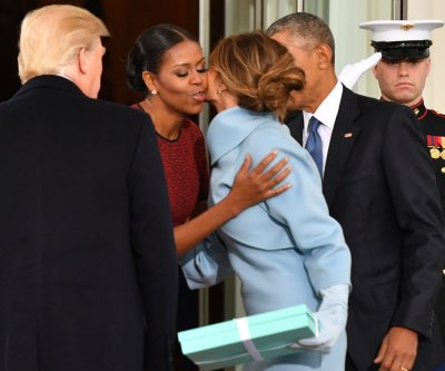 Melania Trump's gift to Michelle Obama came in Tiffany's box