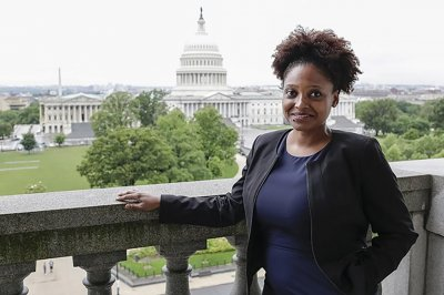 Pulitzer Prize winner Tracy K. Smith named U.S. poet laureate
