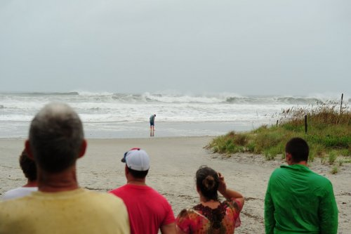 Rip currents kill 4 in North Carolina